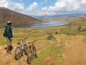 Biking-sacred-Valley